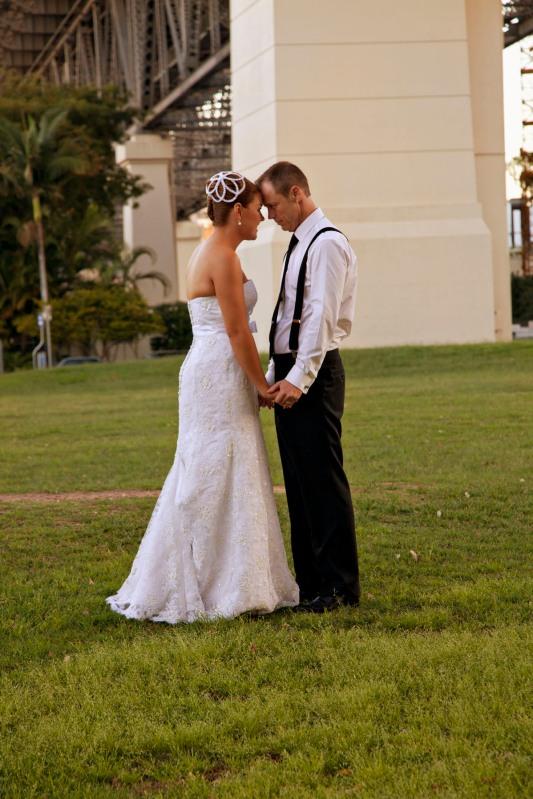 Brisbane wedding photos - Brisbane river
