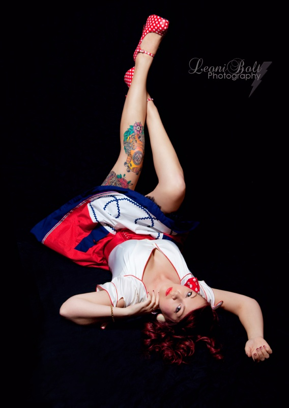 floor pose pin up